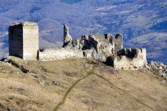 Cetatea-Coltesti-din-Muntii-Trascau